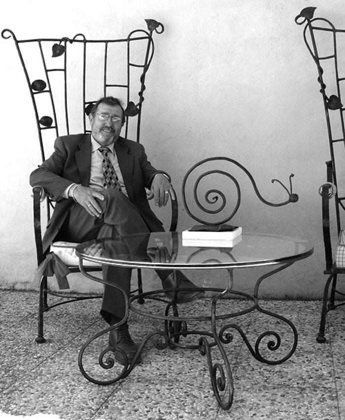 Maestro Artesano de esculturas de forja de Alcaudete de la Jara